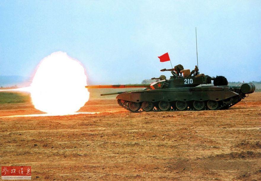 猛兽怒吼!中国与列强坦克射击比拼