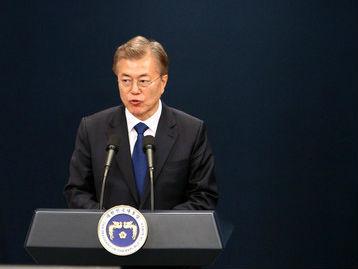 文在寅称韩绝不会开发核武器 强调任何人都不得擅自动武