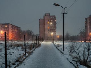 """这个小镇被笼罩在""""世界上最危险的核电站""""阴影中"""