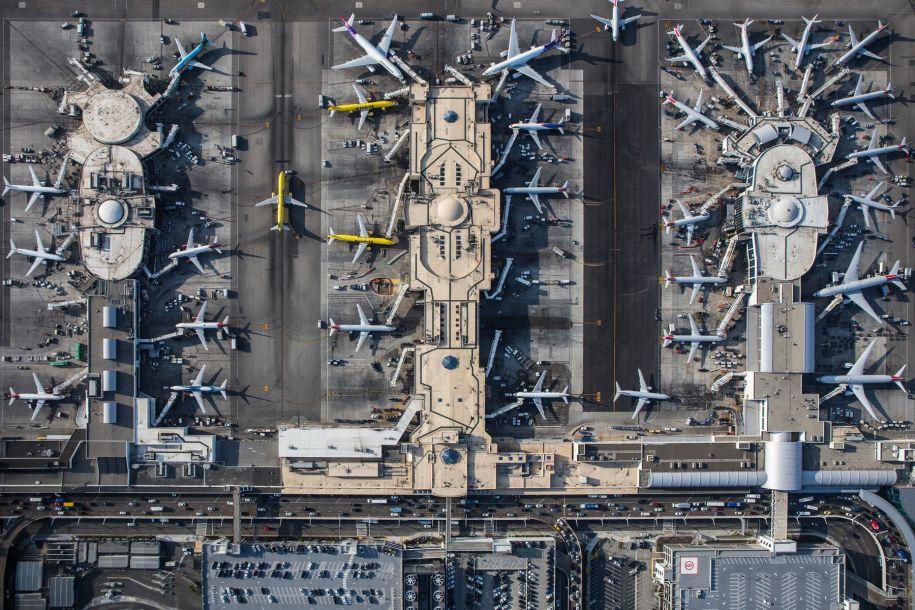 一架飞机生命周期有多长?每次起降都会产生微小裂纹