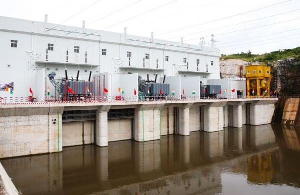 非洲一国发电能力提升14% 法媒:只因中企承建水坝竣工