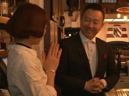 德媒采访德国百年猪肘店华人老板:从穷学生到大富豪
