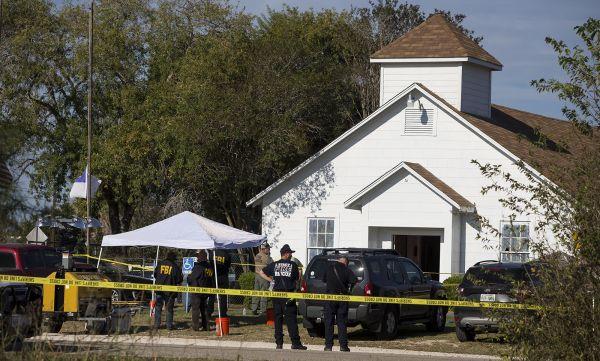 美得州教堂枪击案致数十人死伤 枪手曾不止一次装弹再射
