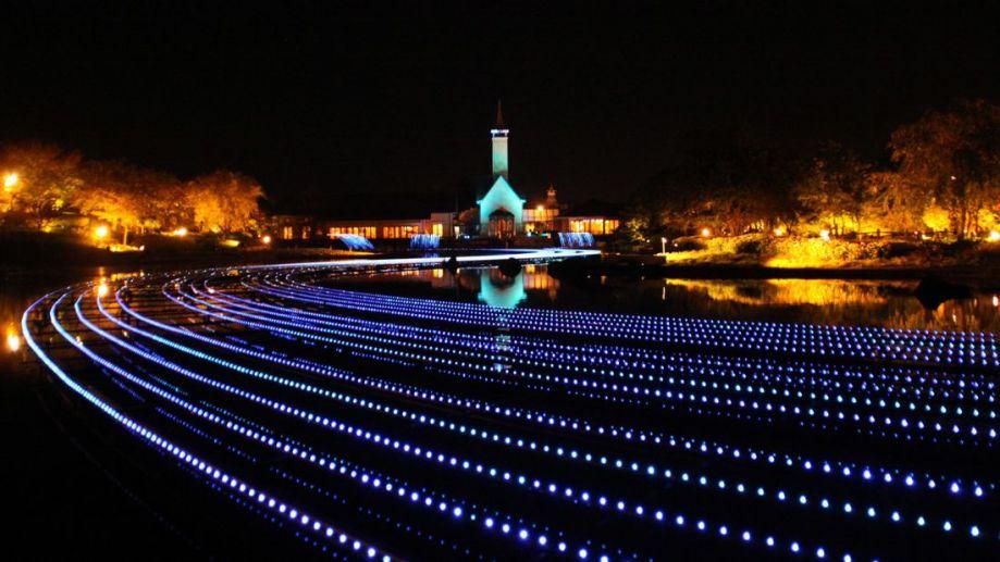 几百万个LED灯的盛宴 日本最壮观灯光秀来了