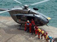 秘鲁一长途汽车坠入山谷造成至少25人死亡