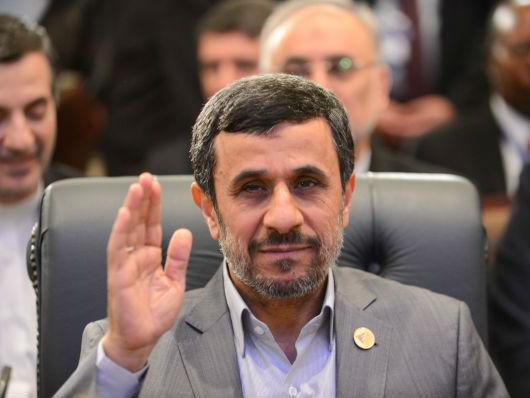 外媒传伊朗前总统内贾德因