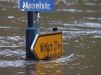 德国河流水位上涨 出现洪水与泥石流