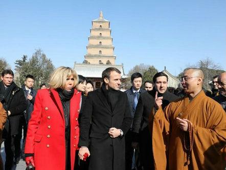"""法媒称中国人被马克龙吸引:不仅""""浪漫"""" 还是强势总统"""