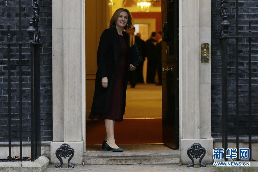 英国内阁改组后召开首次内阁会议