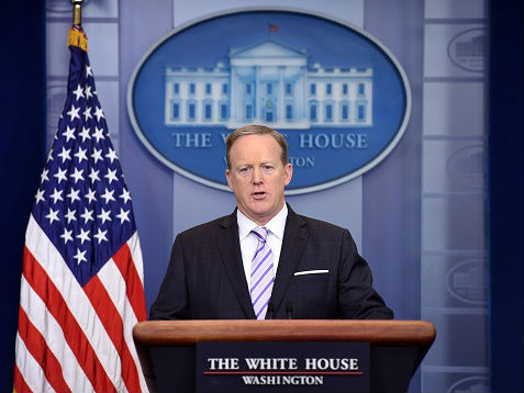 """前白宫新闻秘书称""""通俄门""""调查无碍特朗普:他会连任!"""