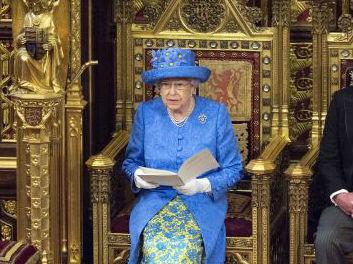马哈蒂尔92岁参选引热议:世界领导人多大年纪算太老?
