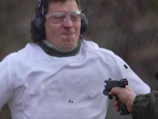 俄军训练竟用活人当实弹靶子太拼命!