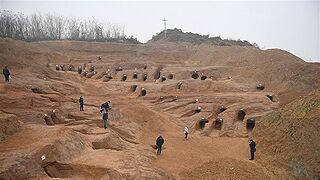 成都发现大规模汉代崖墓群