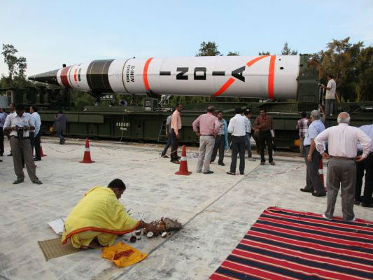 """印媒:印度试射""""烈火-5""""弹道导弹 射程覆盖亚洲所有地区"""