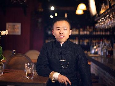 """美媒对话中国""""恋爱公司""""创始人:从美国酒吧带回搭讪秘诀"""