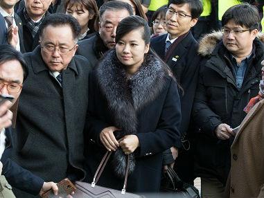 """朝鲜艺术团先遣队返国外媒:玄松月称""""感觉演出会成功"""""""
