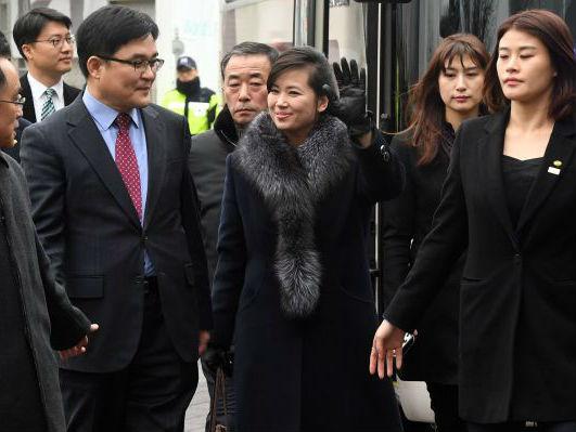 韩媒:文在寅呼吁珍惜冬奥外交朝艺术团先遣队考察首尔