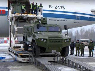 走出国门!白俄接收中国新型轮式战车