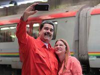 马杜罗称将在总统大选中获得压倒性胜利