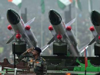 """外媒:印度借""""共和国日""""展示新锐武器 谋求与东盟加深关系"""