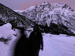 这些人徒步穿越阿尔卑斯山