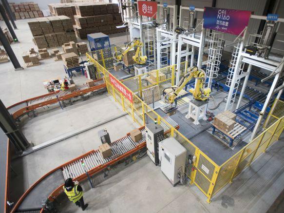 日媒:中国快递市场占全球半壁江山 物流公司开启技术竞争