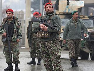 阿富汗首都一军队驻地遭袭击致9人死亡