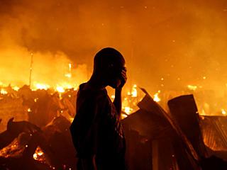 内罗毕大火 6000人无家可归