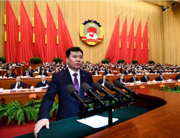 张近东当选全国人大代表 始终关注精准扶贫脱贫