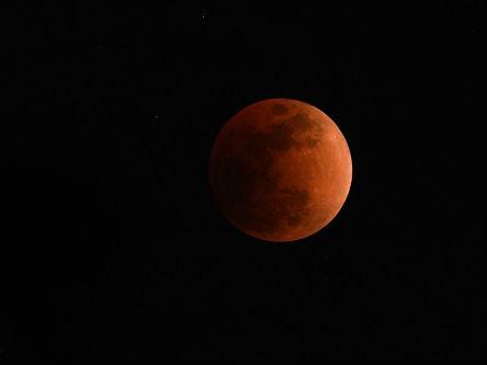 """500多年前""""超级红月亮""""改变世界历史:拉开美洲殖民化序幕"""