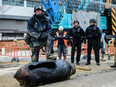外媒:香港一周发现两枚二战遗留炸弹 疏散数千人安全拆除