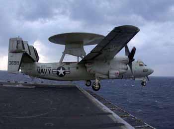 """俄媒称舰载预警机将成中国航母""""眼睛"""":提升海上打击能力"""