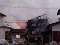 日本一军用直升机在佐贺县神崎市坠毁