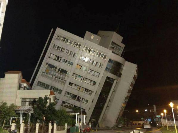 台湾花莲6.5级地震致2人死亡 不排除发生更大地震