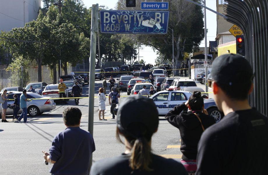 美国离奇校园枪击案:谁把手枪藏进12岁女孩书包?