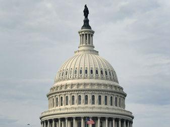 """外媒:美国联邦政府再次部分""""关门"""" 一个月内第二次"""