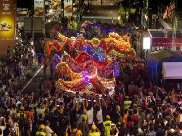 马媒称中国人春节游青睐马来西亚:因为年味足
