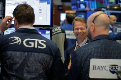 """英媒:全球股市回归""""旧常态"""""""