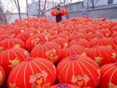 日本记者讲述在日华侨故事:时隔20年回中国过年