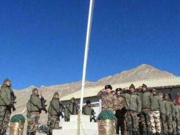 印媒称中印边防军共庆中国年:反映双方改善关系共同愿望