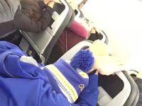 美联航一客机飞行途中发动机部件脱落