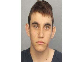 外媒:美校园枪击案凶手曾被举报 FBI接警后不作为
