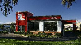 西媒:肯德基暂关英国700多门店 鸡肉配送出问题