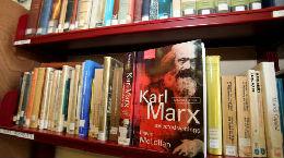 """英国共产党总书记格里菲思:""""马克思主义一直在影响英国"""""""