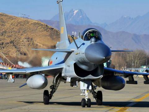 境外媒体关注中国加强西部战区空中战斗力