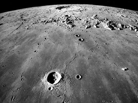 国际载人探月路线图首次揭晓:人类可在月球表面停留40天