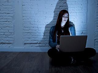 自杀边缘:网络暴力越发严重
