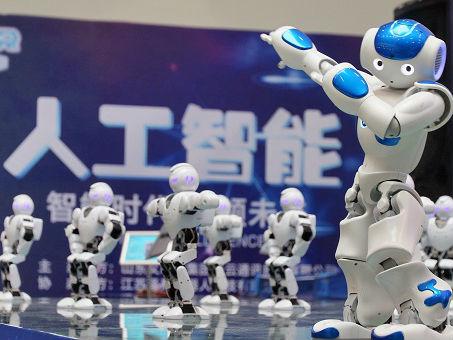 """港媒:中国欲结合AI推新型机器人 挑战机器人界""""四大家族"""""""