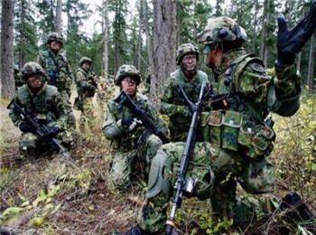 """日本版""""海军陆战队""""遇挫折:""""鱼鹰""""不靠谱 土地搞不定"""