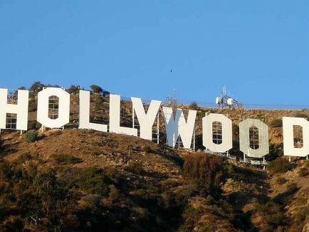 美媒揭秘好莱坞标志逆袭之路:从地产广告到星都象征